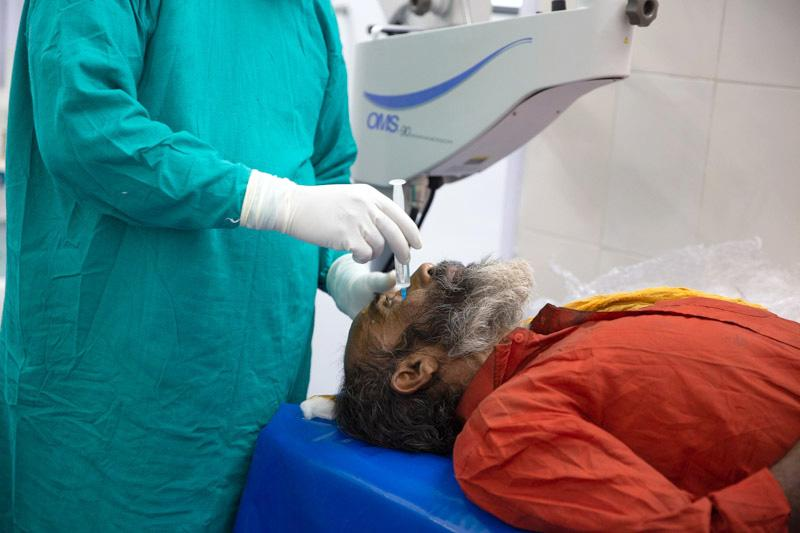 Local Anaesthesia being administered prior to cataract surgery.